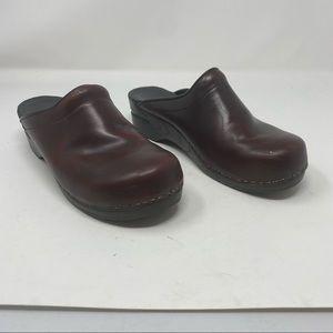 DANSKO Black Cherry Classic Slide Clogs